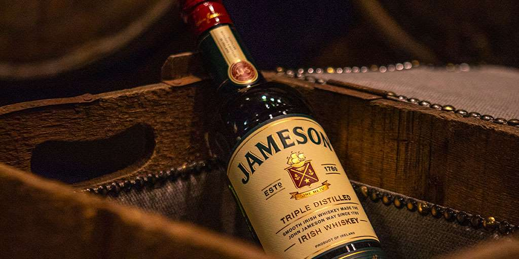 jameson_bottle_box.jpg