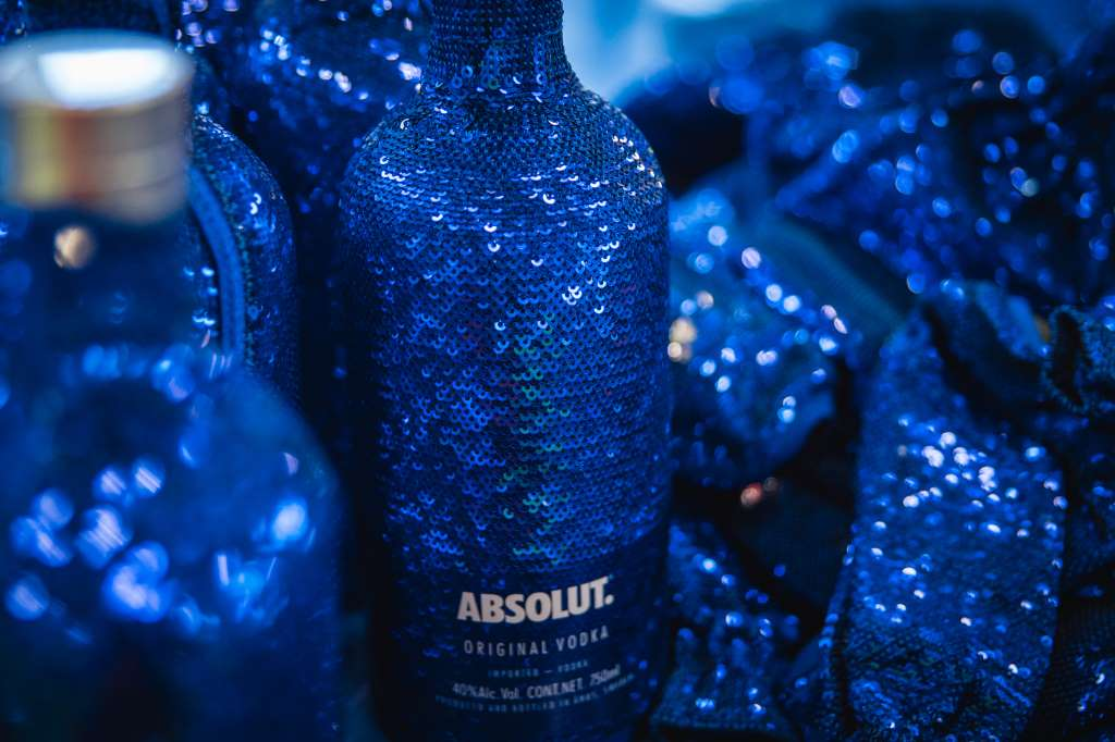 EOY17 Absolut Uncover Sequin BTS - 6.jpg